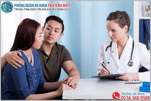 Các bác sĩ tư vấn tận tình các vấn đề